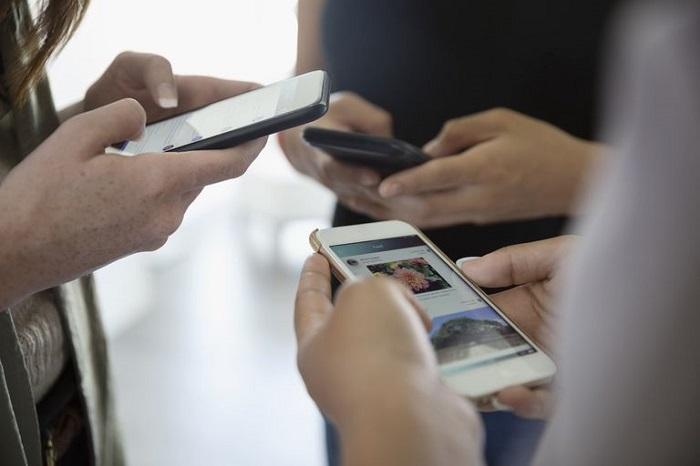 آشنایی با عارضه FOMO در الگوی استفاده نامناسب از تلفن همراه